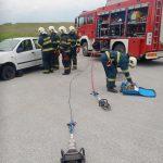 Vježba Operativne postrojbe DVD-a Stupnik - tehnička intervencija u prometu